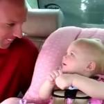 No puedo parar de reír con la adorable conversación de esta bebé