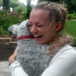 Ella vivió fuera dos años. Su perro aún se acordaba de ella. Ni te imaginas cómo