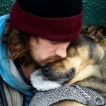 Conmovedor el amor incondicional de estos perros