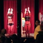 Esto cambiará la forma en que ves a las prostitutas del Barrio Rojo de Amsterdam